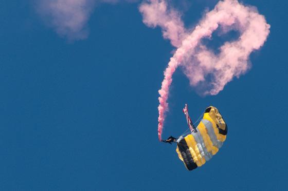 Fallschirmspringer in Dover