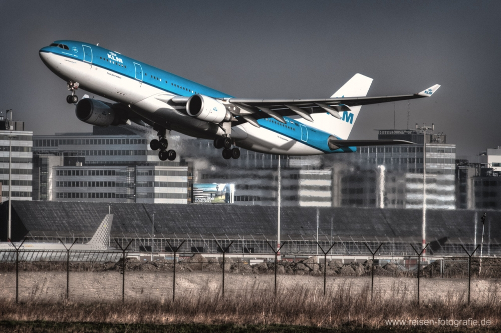 HDR KLM Amsterdam Start A330