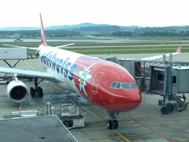 Edelweiss Airbus 330 nach Las Vegas in ZürichEdelweiss Airbus 330 nach Las Vegas in Zürich