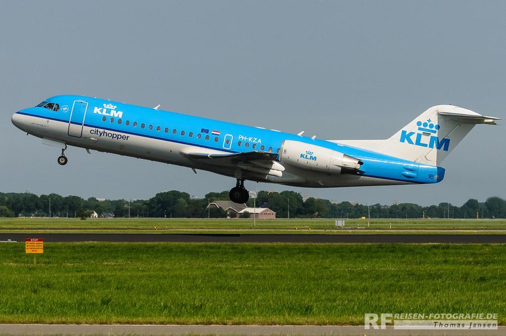 Amsterdam - startendes Flugzeug