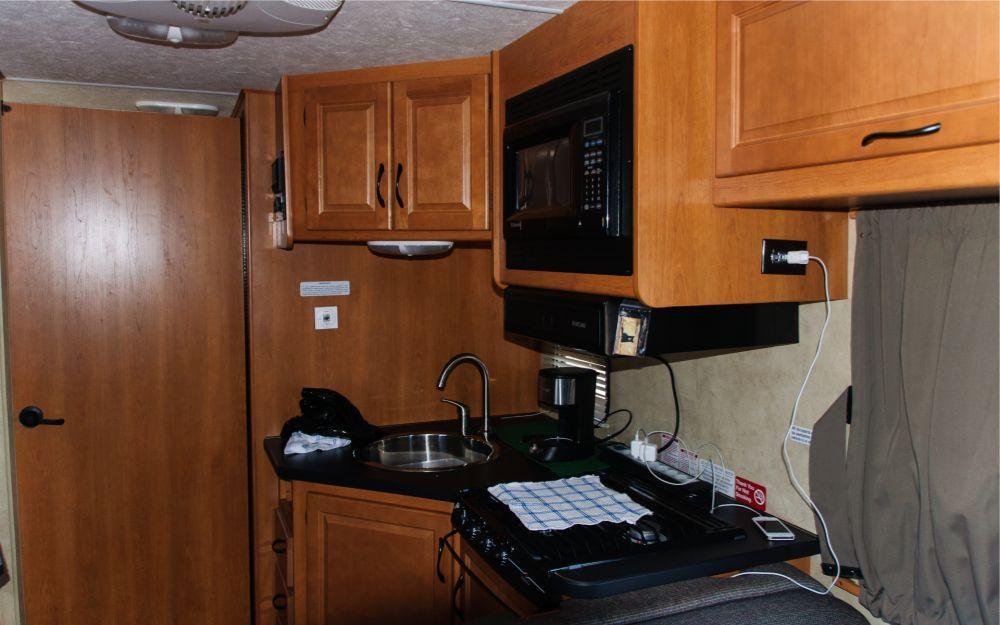 Küchenbereich im Wohnmobil