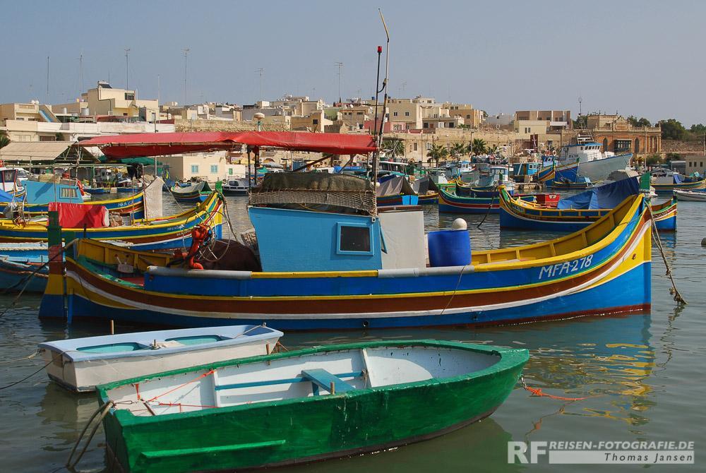 Marsaxlokk - Malta - Fischerboot im Hafen