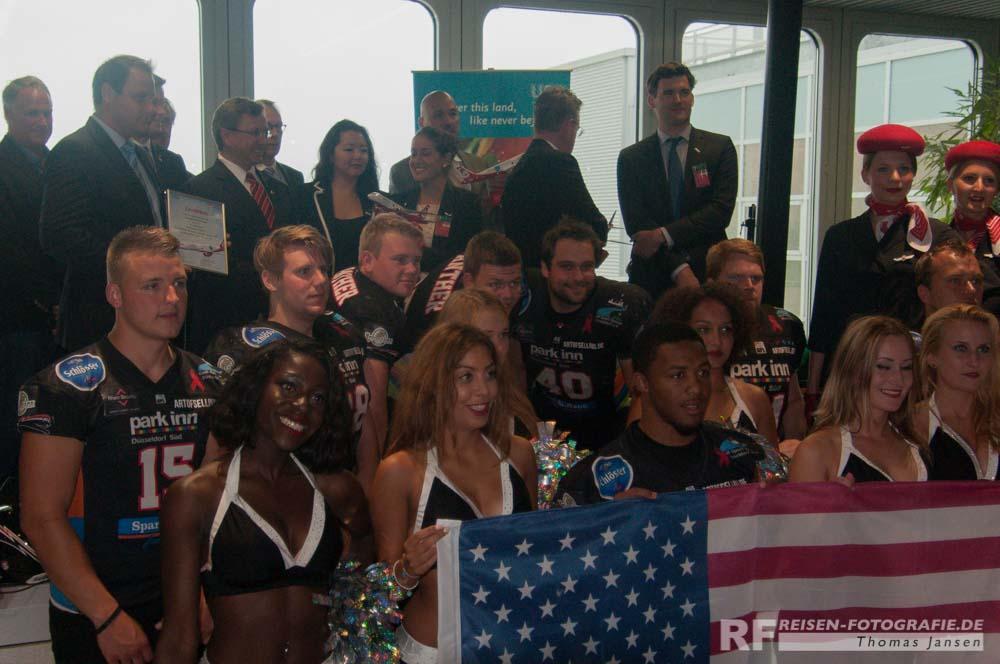 Gruppenbild mit Cheerleader