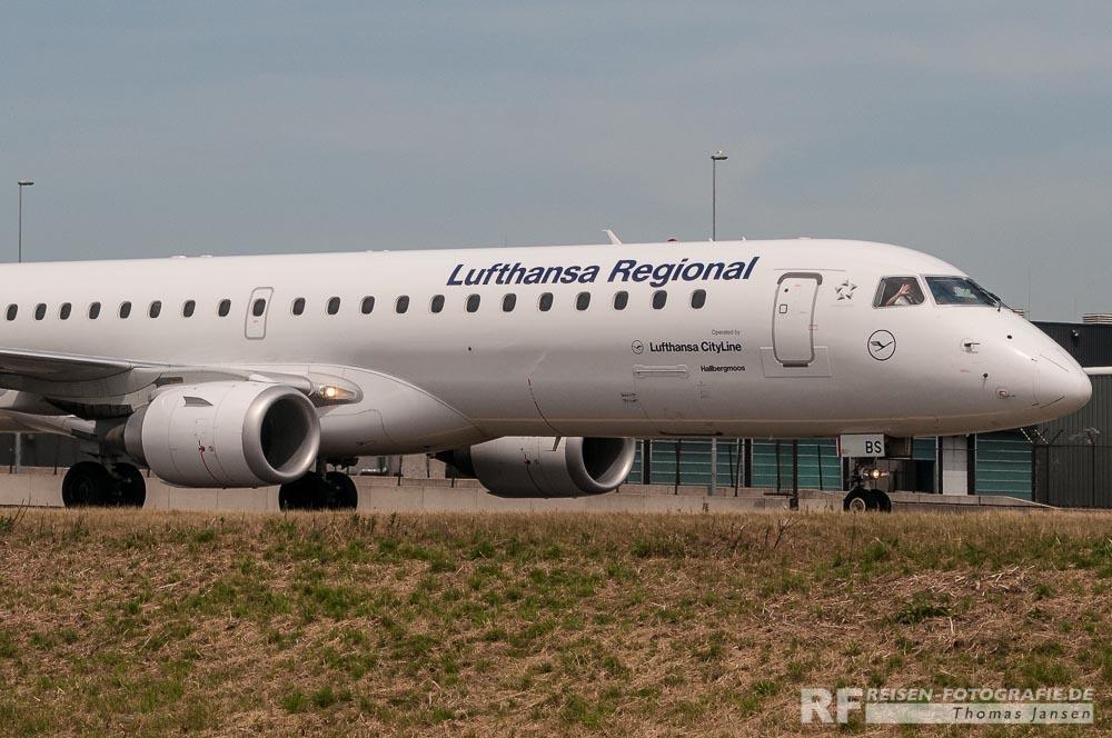 Lufthansa Embraer - und sie winken doch!