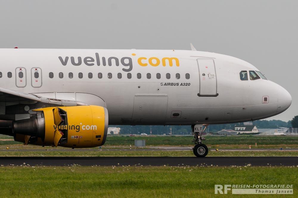 Vueling A320 mit aktivem Gegenschub