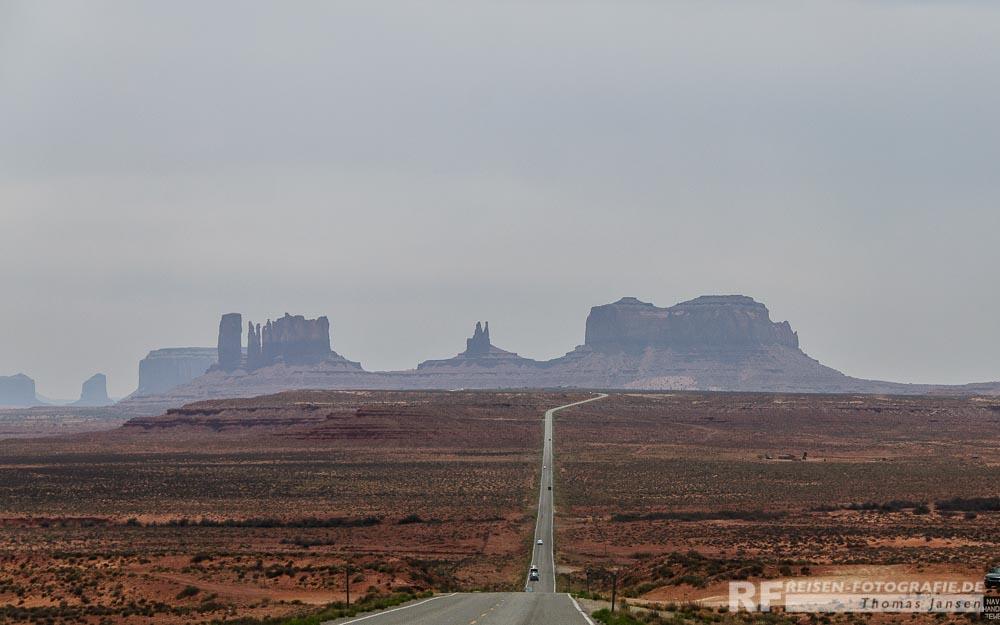 Zufaahrt auf das Monument Valley auf dem Highway 163
