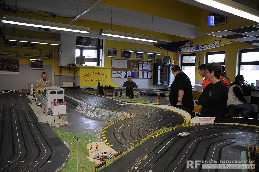 24h-Rennen auf der Carrerabahn in Moers