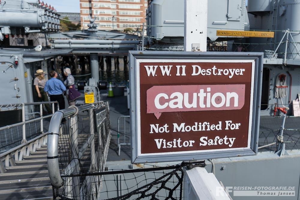 Nicht gebaut um Besuchern Sicherheit zu bieten.