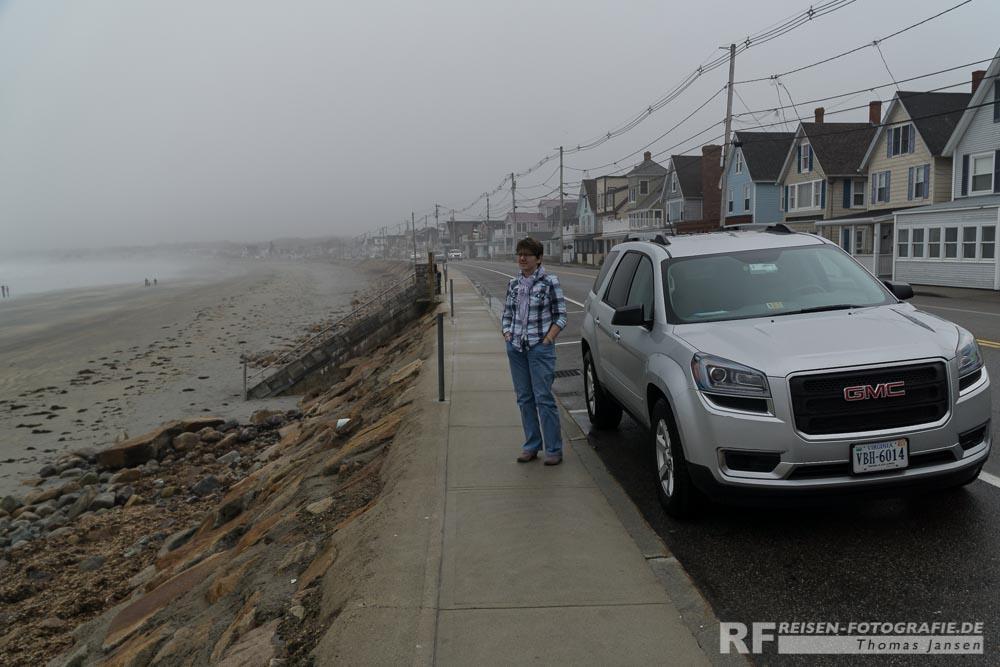 Regen - Küste - Auto - Frau