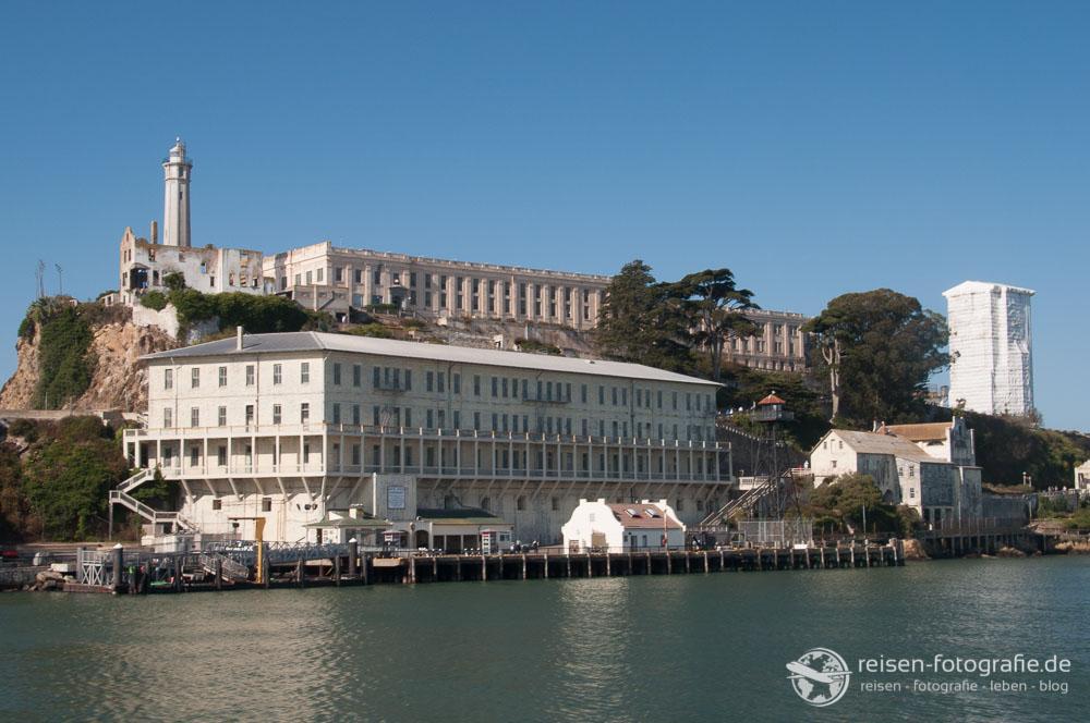 Blick auf Alcatraz bei der Ankunft