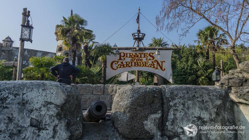 Eingang zum Fluch der Karibik