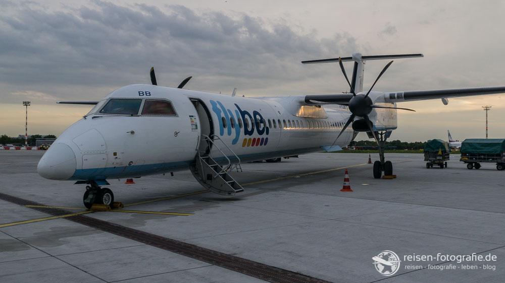 FlyBe im Abendlicht