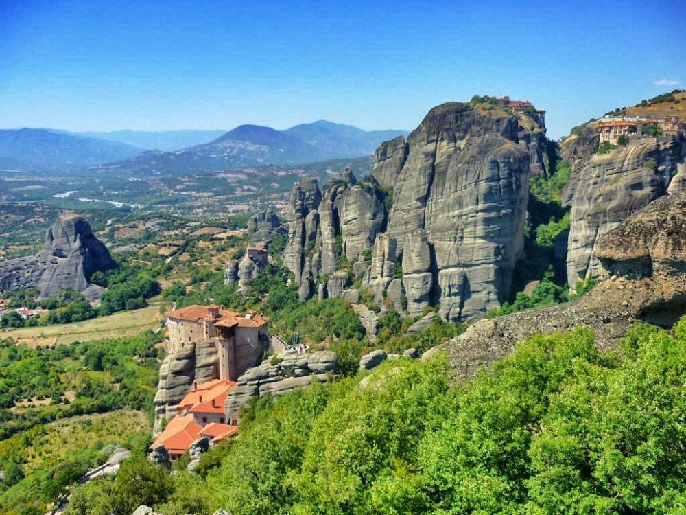 Meteora, die sagenhaften Kloestern auf Felsen in Griechenland