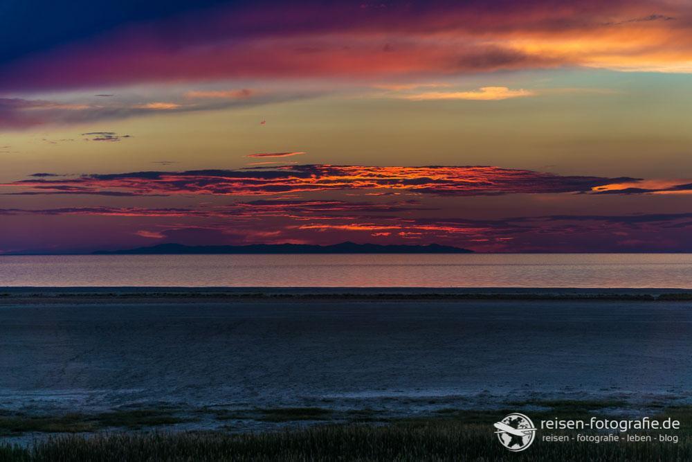 Sonnenuntergang am großen Salzsee