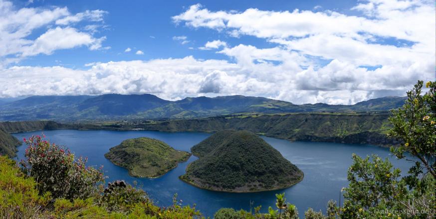 Wir haben die Kraterlagune Cuicocha im Otavalo-Tal umwandert.