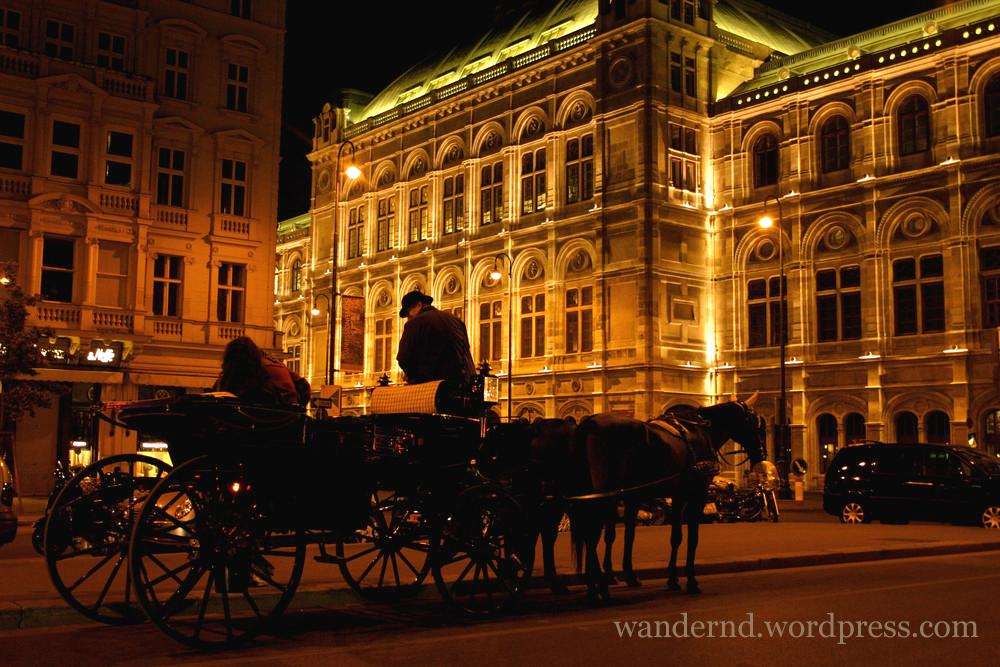 Bild3 - Wienklischees an der Staatsoper