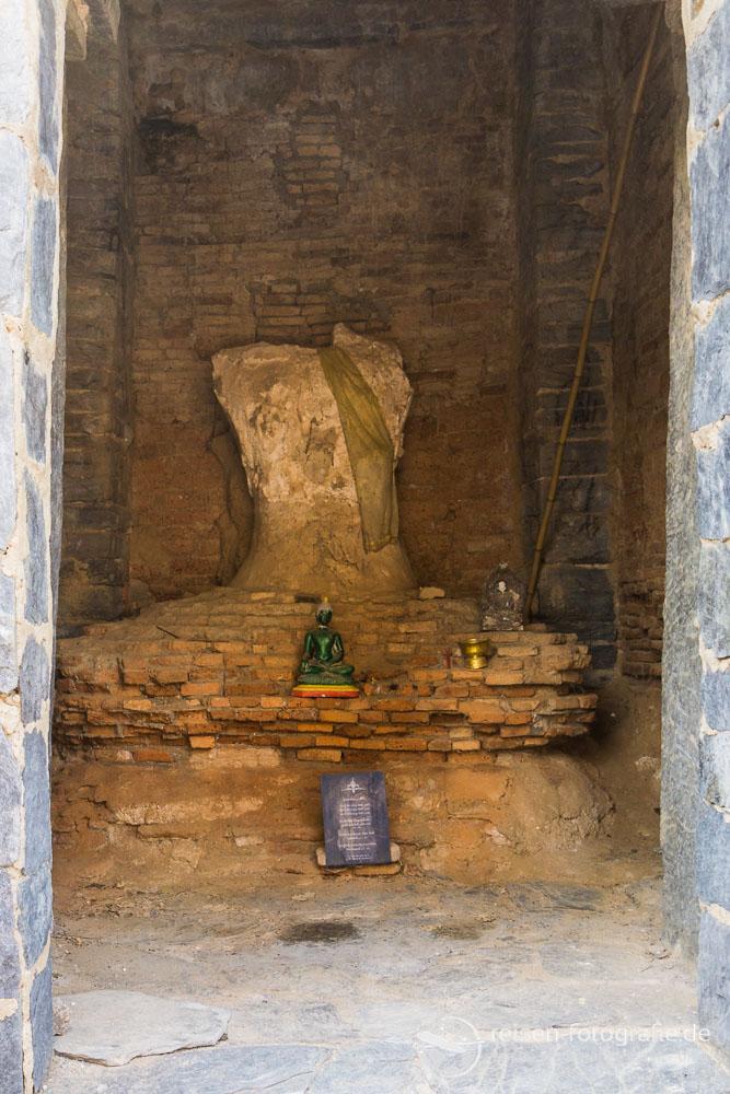 Bhudda Statue im Wat Chetuphon