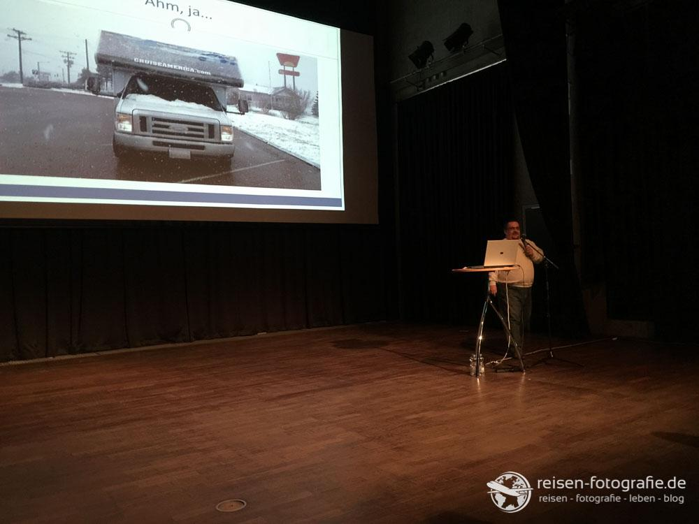 Wohnmobile, Yellowstone, der Westen der USA im Vortrag