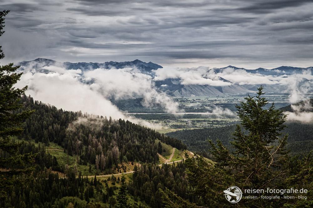 Blick vom Teton Pass nach Jackson
