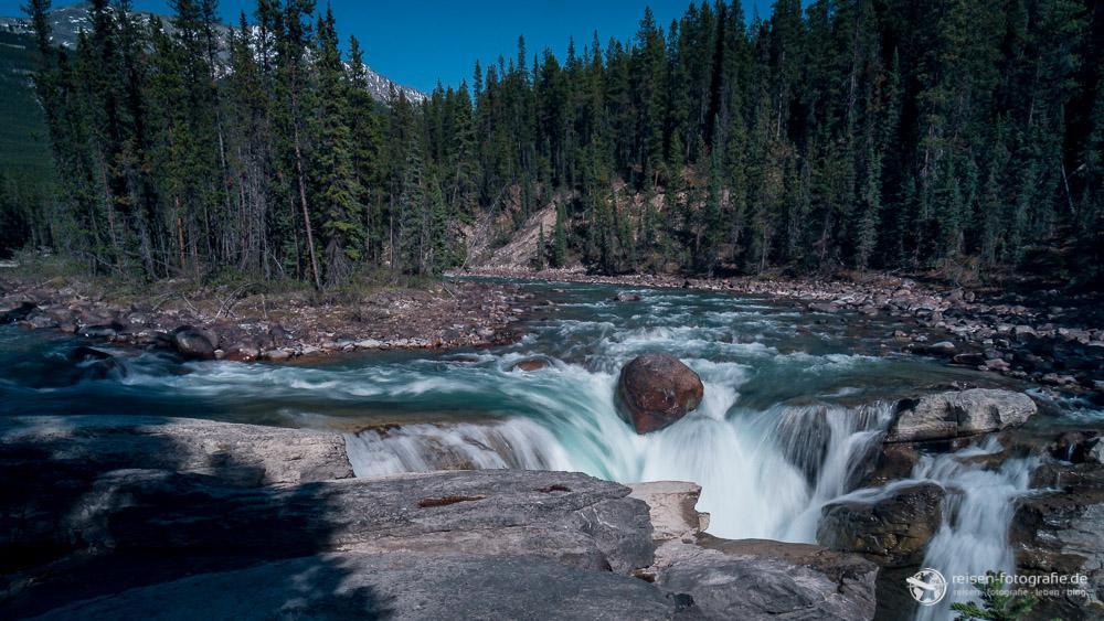 Lieblingsfoto 1/2016 - Kategorie Natur - Wasserfall im Jasper National Park