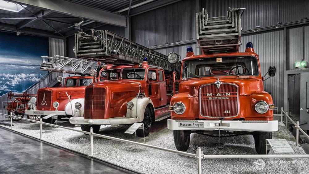Große Feuerwehr aus kurzer Entfernung