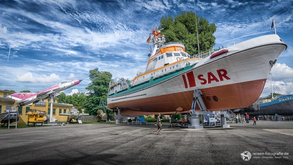 SAR - Seenot-Rettungsschiff