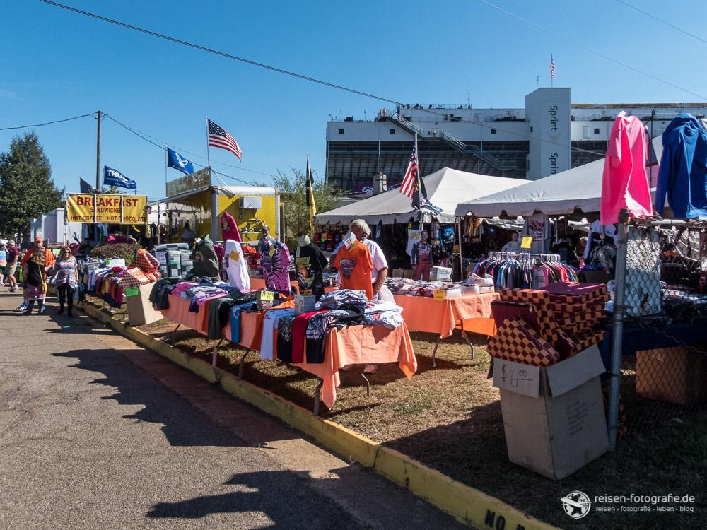 Flohmarkt an der Rennstrecke