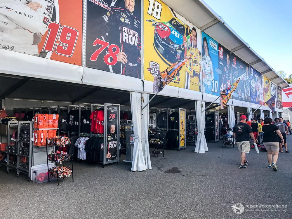 Fanartikel Shops in der Fanzone