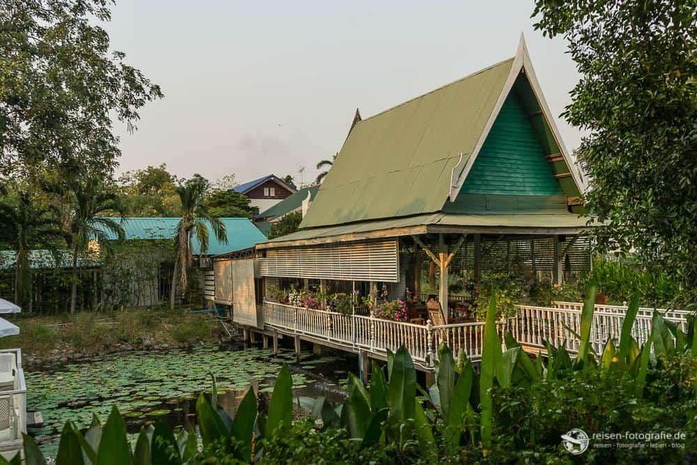 Rezeption und Frühstücksraum des Baan Luang Haarn