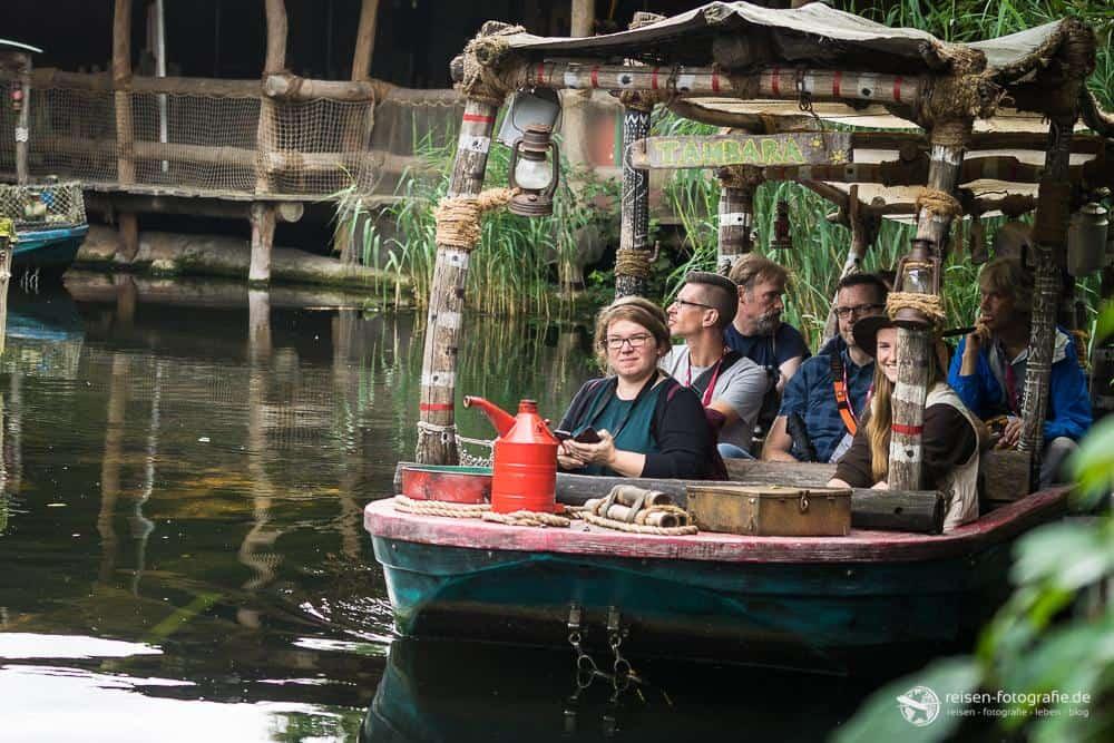 Reiseblogger im Boot