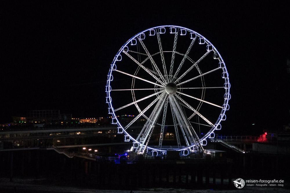 Riesenrad in Scheveningen am Abend