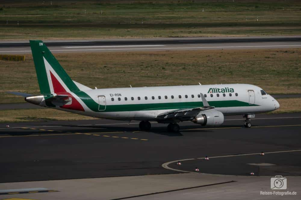 Alitalia CityLiner Embraer 175