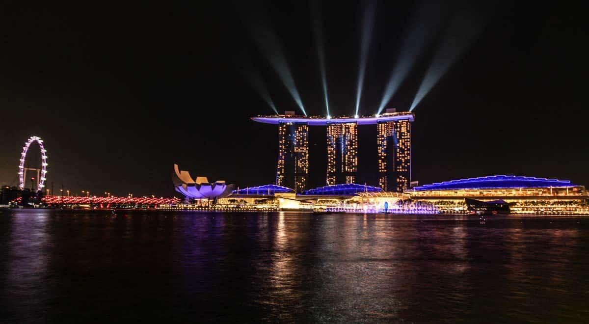 marina-bay-sand-lightshow