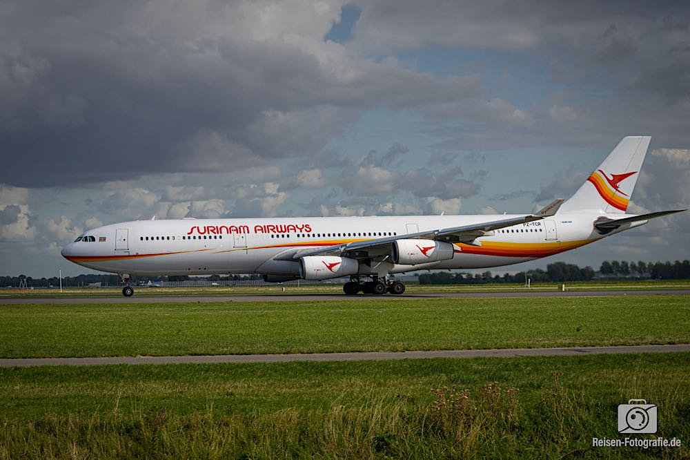 Airbus A340-313 - Surinam Airways