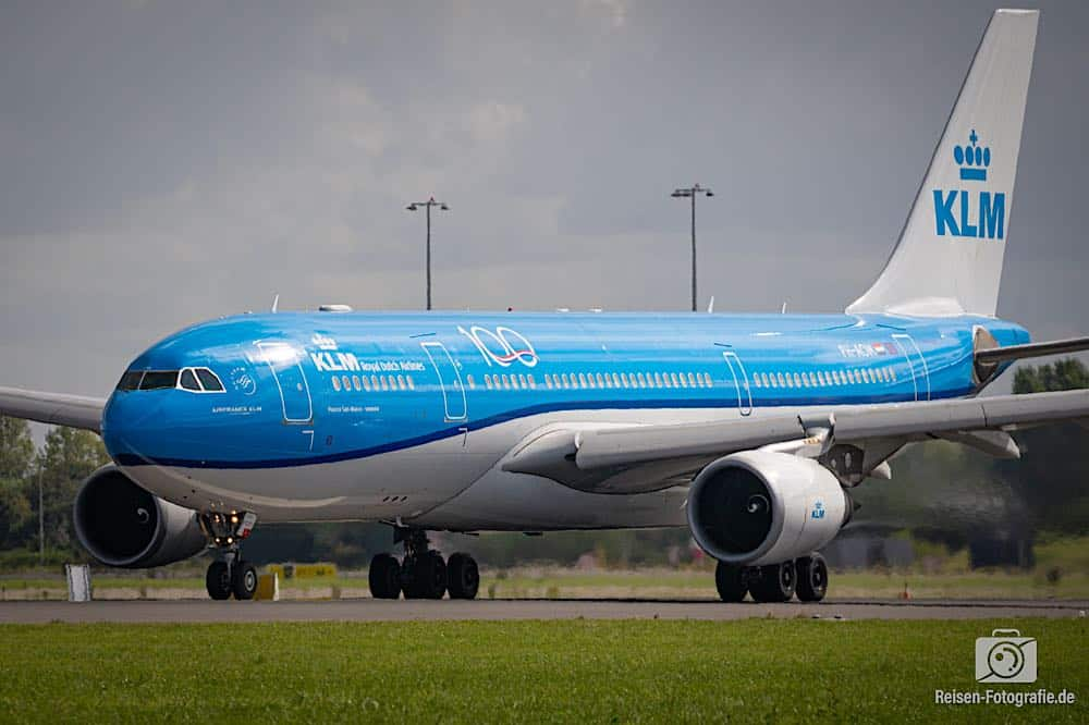 Airbus A330-203 - KLM
