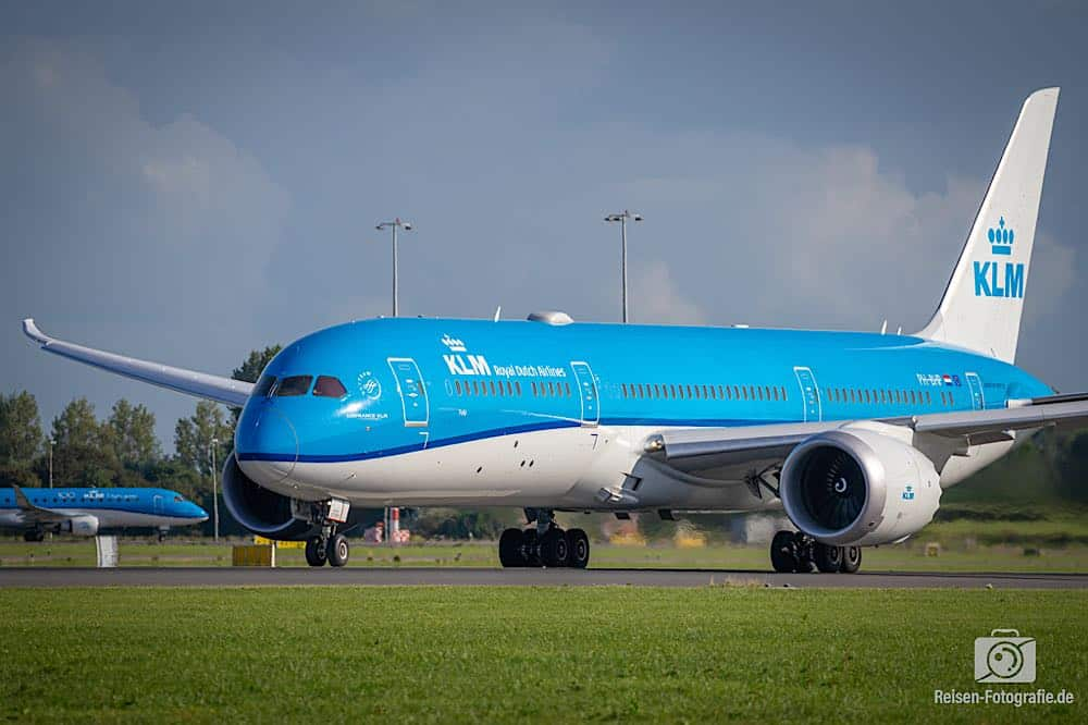 Boeing 787-9 Dreamliner - KLM - Royal Dutch Airlines