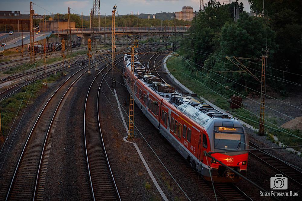 Zug Richtung Mülheim