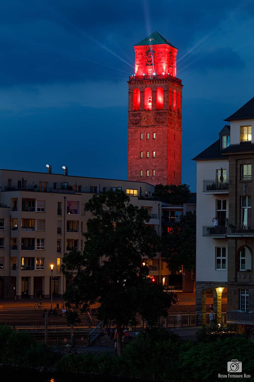 Night of Light - Rathausturm in Rot