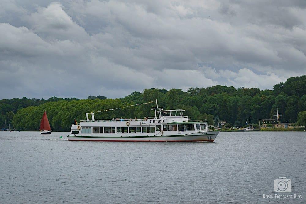 Ausflugsboot auf dem Baldeneysee