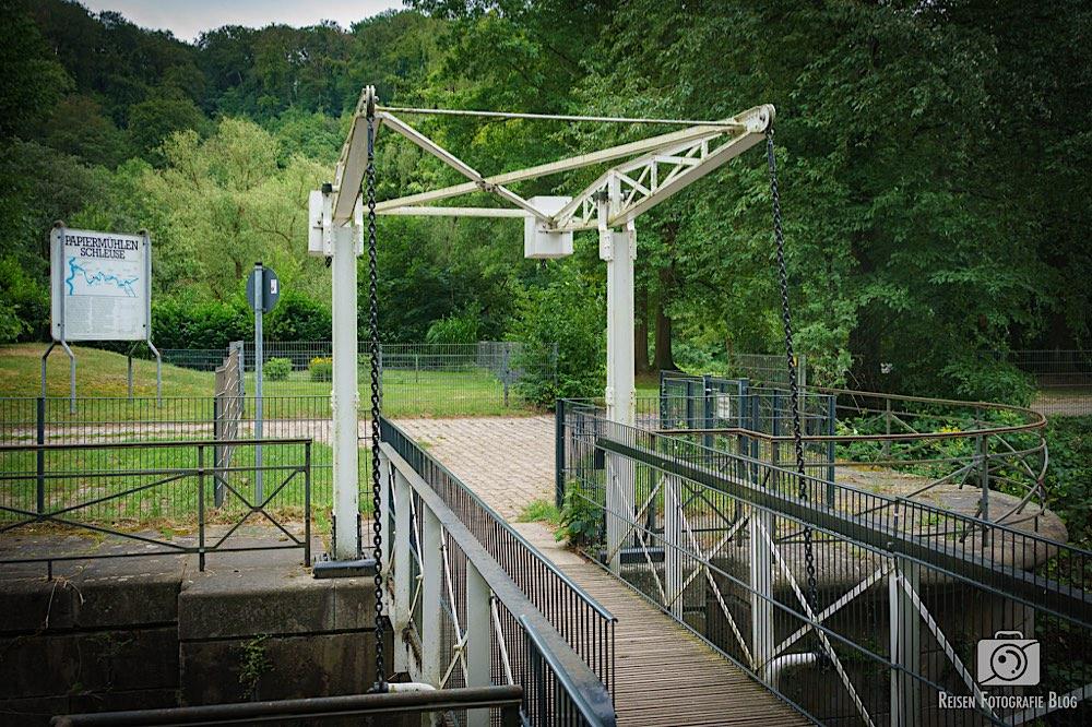 Zugbrücke an der Papiermühlen-Schleuse