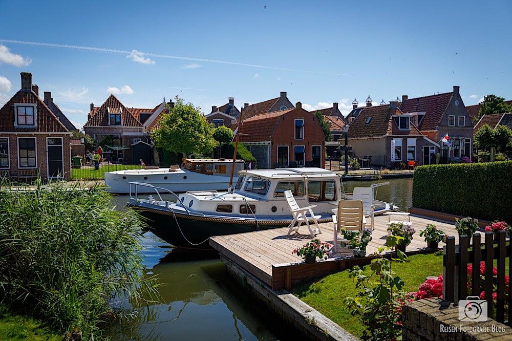 Wohnidylle in Hindeloopen, Garten, Terasse, Boot - so muss das!
