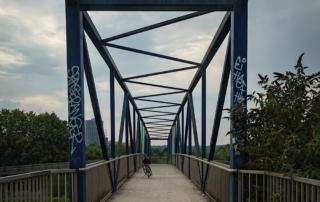 Radweg Brücke am Tetraeder