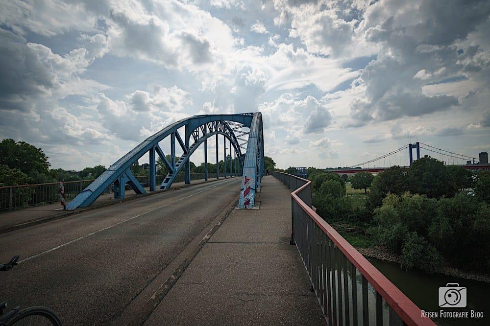 Brücke in Duisburg Ruhrort