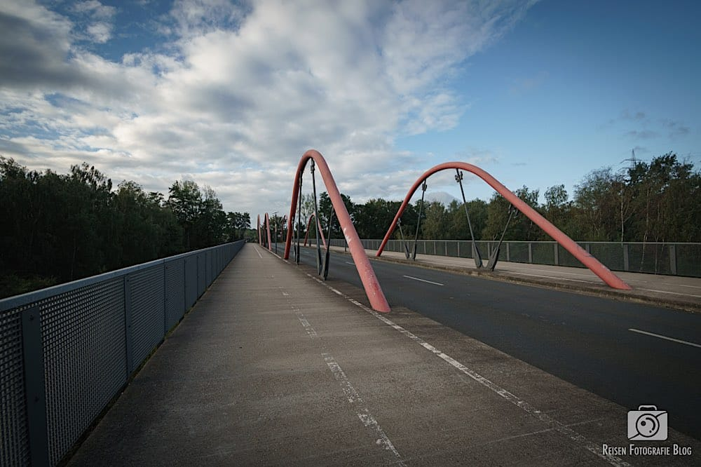 Eisenbahnbrücke Richtung CentrO