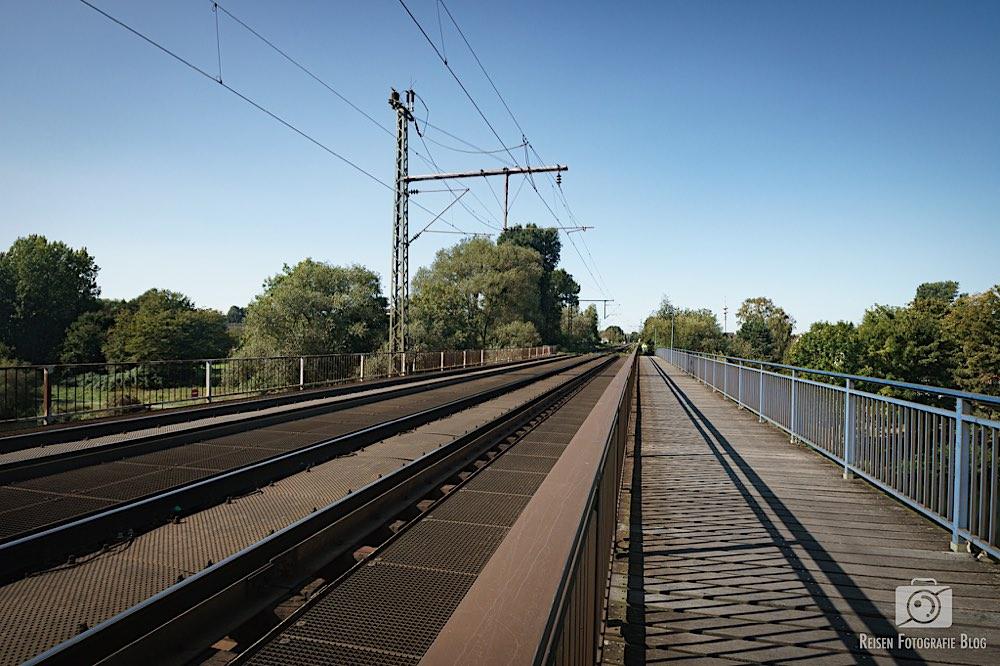 Radweg über die Ems auf der Eisenbahnbrücke