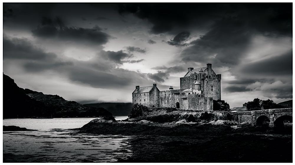 Castle Dirk E.