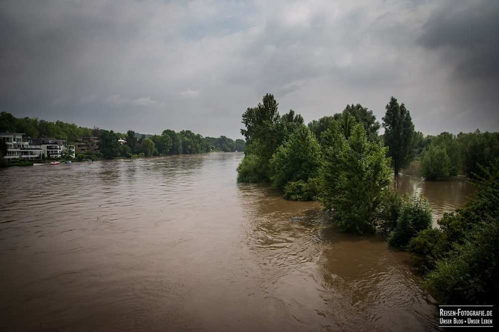 Ruhr mit Hochwasser