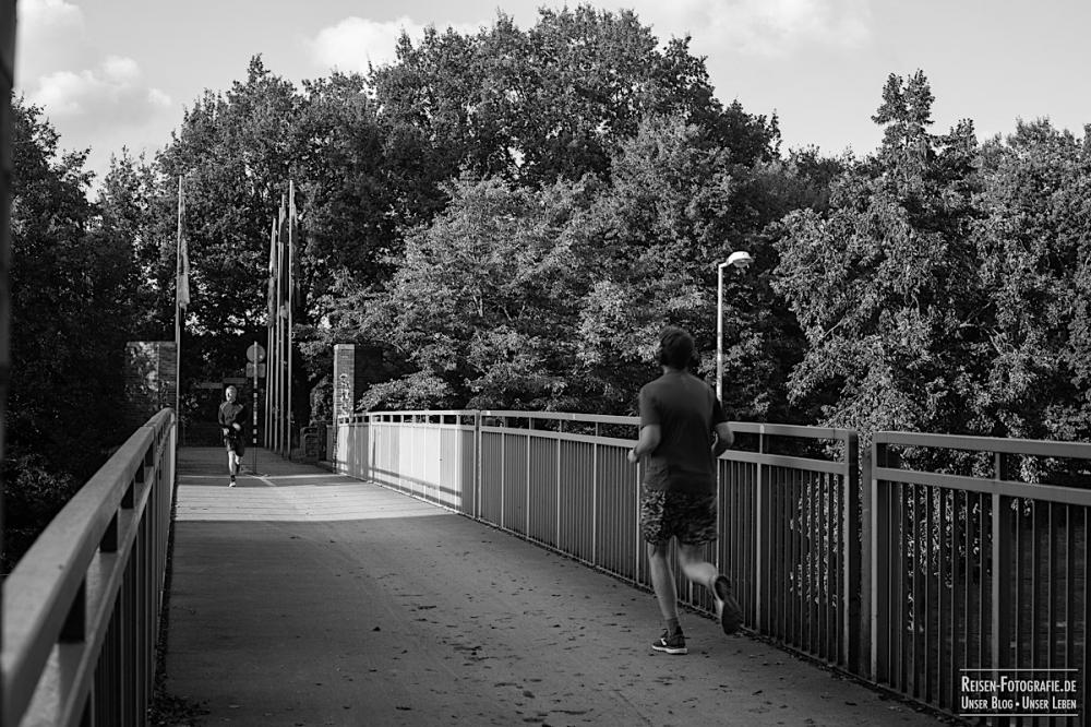 Brücke am Schloß Broich